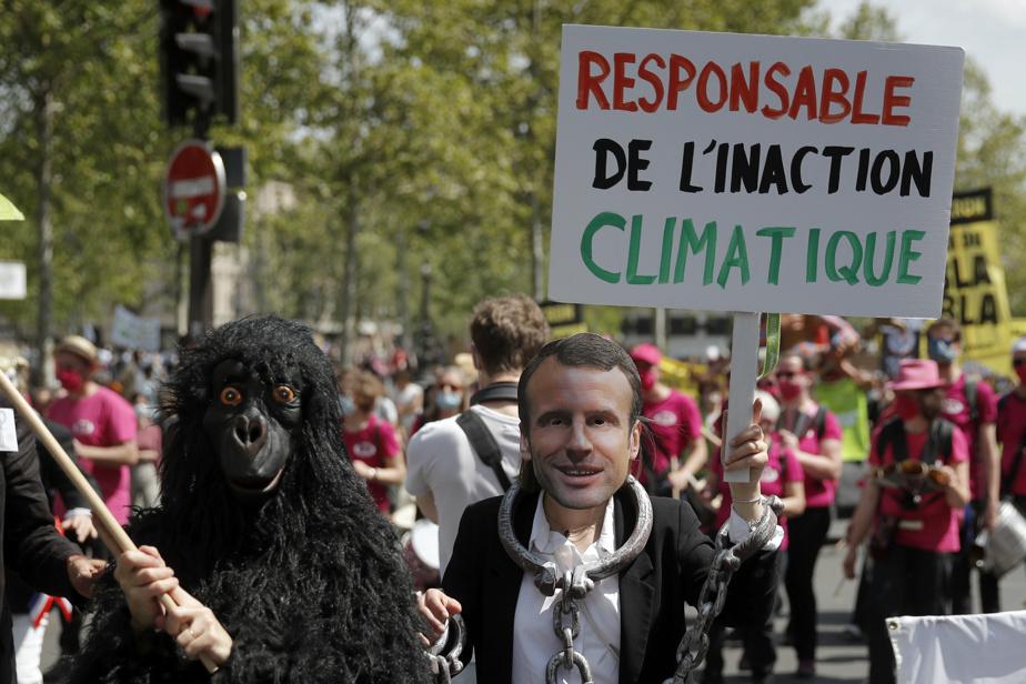 ENVIRONNEMENT: Des milliers de Français réclament une loi sur le climat plus ambitieuse