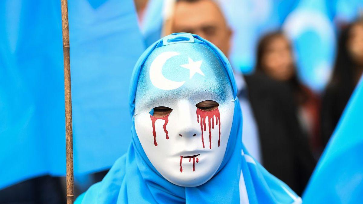 Londres : Experts et avocats examinent le traitement infligé aux Ouïghours