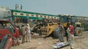 PAKISTAN : Au moins 34 morts dans un accident de train
