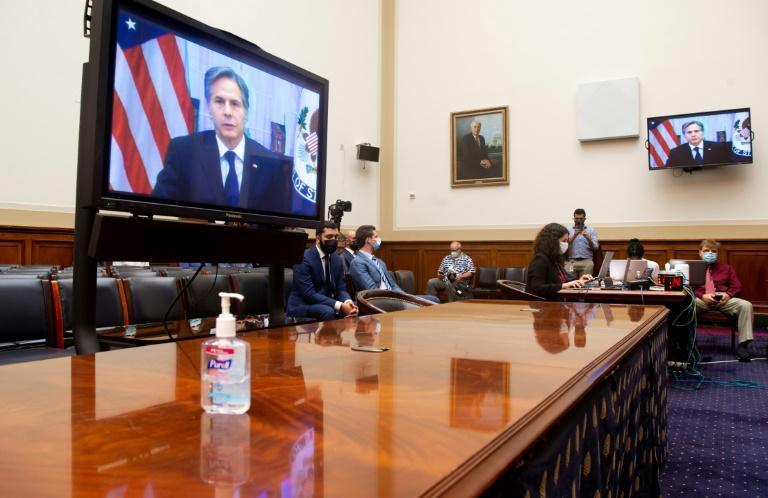 Afghanistan : Blinken défend le retrait américain et charge Trump devant le Congrès