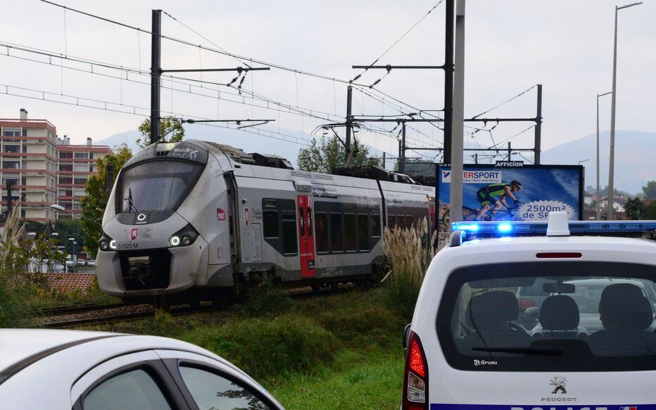 France : les migrants tués par un train tentaient d'échapper aux contrôles