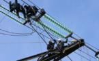 Vent violent: 190.000 foyers privés d'électricité en France