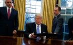 Trump ordonne le gel des embauches au niveau fédéral