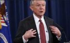 """Trump dénonce une """"chasse aux sorcières"""" contre son ministre de la Justice"""
