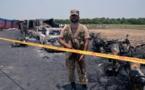 Un camion de carburant s'enflamme au Pakistan: au moins 123 morts