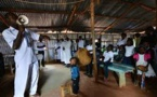 Kenya: les bidonvilles de Nairobi écoutent Dieu mais obéiront à Odinga
