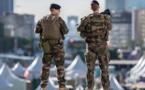Attaque contre un militaire à Paris: l'agresseur inculpé et incarcéré