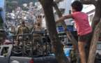 Brésil: l'armée quitte une favela de Rio après une semaine d'occupation