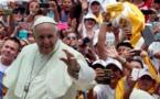 """Kenya: le pape souhaite """"un climat de dialogue constructif"""""""
