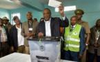 Kenya: la faible participation assombrit la réélection attendue du président Kenyatta