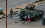 Zimbabwe: le président Mugabe détenu par l'armée, déployée dans la capitale