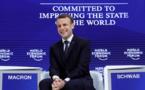"""La France """"de retour"""" et veut un """"nouveau contrat mondial"""", clame Macron à Davos"""