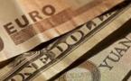 L'euro baisse face au dollar après de nouveaux sommets