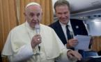Migrants: investir intelligemment dans leurs pays d'origine, prône le pape