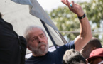 Brésil: Lula lancé dans la course présidentielle depuis sa prison