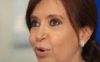 """L'ex-présidente Kirchner inculpée dans le scandale des """"Cahiers de la corruption"""""""