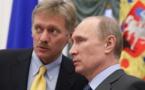 Vladimir Poutine et le porte-parole du Kremlin, Dimitri Peskov