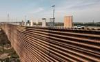 """Remplacer le mur en béton par une barrière métallique pour sortir du """"shutdown"""" ?"""