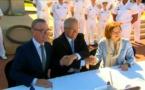 """Armement: La France et l'Australie signent """"le contrat du siècle"""" pour 31 milliards d'euros"""