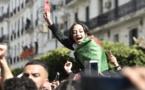 """Algérie: les étudiants mobilisés dans la rue contre la """"ruse"""" de Bouteflika"""