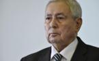 ALGERIE : Le président appelle les politiques au dialogue