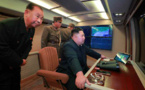 Kim Jong Un dirige de nouveau le tir d'essai du lance-fusées téléguidé de gros calibre d'un nouveau modèle (communiqué)