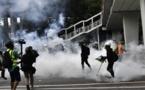 HONG KONG : La police utilise des gaz lacrymogènes