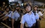 HONG-KONG: Des manifestants tabassent des policiers