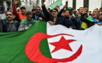 Algérie : garde à vue prolongée pour deux figures du Hirak