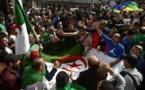 Les manifestants algériens toujours déterminés malgré le coronavirus