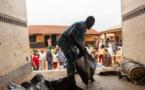"""Dans les quartiers pauvres de Lagos, """"ils vont nous laisser crever de faim"""""""