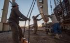 Les cours du pétrole s'effondrent, le baril de brut US en territoire négatif