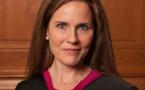 Cour suprême des Etats-Unis : une juriste accusée de mêler sa foi et le Droit est favorite