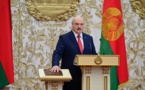 Loukachenko prête serment, l'opposition descend dans la rue