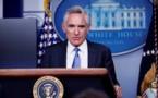 COVID-19 : Un conseiller controversé de Trump annonce sa démission