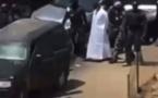 Ousmane Sonko placé en garde à vue à la gendarmerie de Colobane