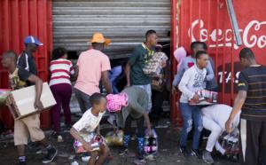 """Afrique du Sud: 5 morts dans les violences xénophobes """"inacceptables"""" selon le président"""
