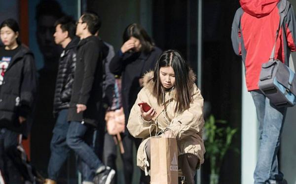 """Chine: fièvre consumériste pour le """"Jour des célibataires"""""""