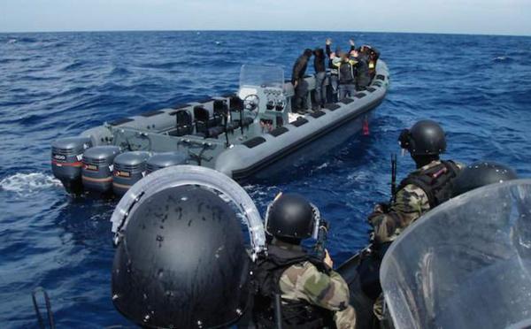 Tirs de la marine marocaine contre une embarcation de migrants en Méditerranée: 1 mort (autorités locales)