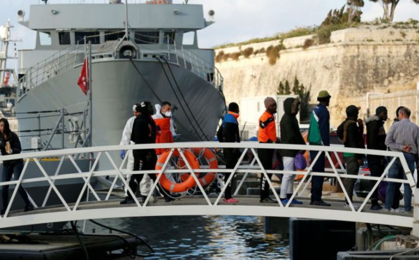 Les migrants de Sea-Eye arrivent à Malte avant d'être répartis en Europe