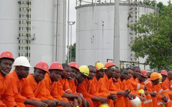 Quand Covid-19 et la guerre des prix de l'Opep frappent le secteur pétrolier et gazier en Afrique