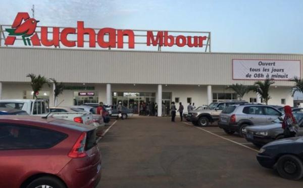 Attaqué de toutes parts, Auchan se défend, chiffres à l'appui (document en pièce jointe)