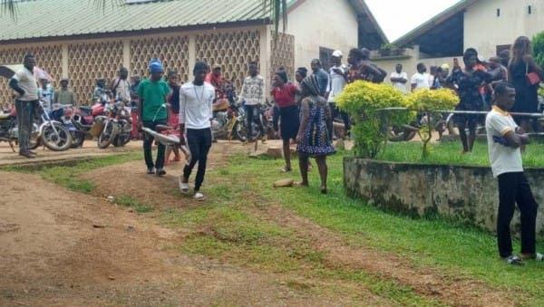 Huit enfants tués dans l'attaque d'une école au Cameroun