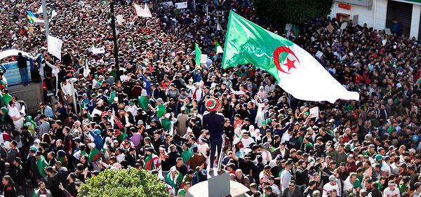 Algérie : «Ceux qui croient au changement sont toujours là»
