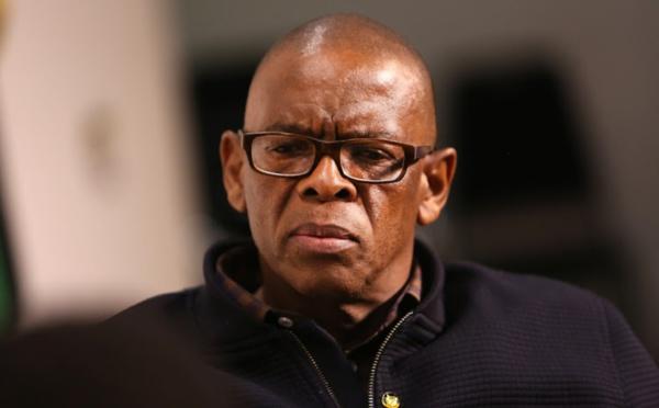 """AFRIQUE DU SUD: l'ANC divisée veut virer les corrompus, """"sauver son âme"""""""